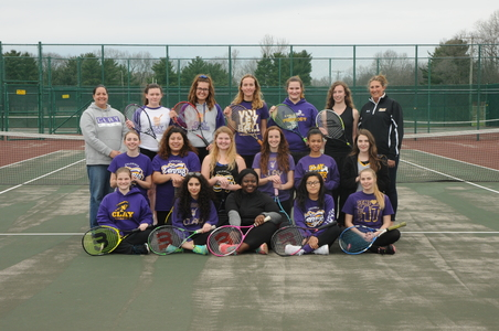V 657 300 girls tennis